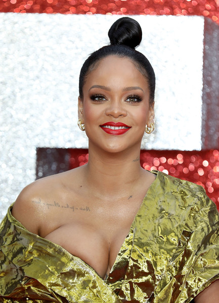 Rihanna Hair Knot [hair,face,hairstyle,beauty,eyebrow,lady,lip,fashion,black hair,long hair,red carpet arrivals,rihanna,ocean,uk,england,london,cineworld leicester square,premiere,uk premiere]