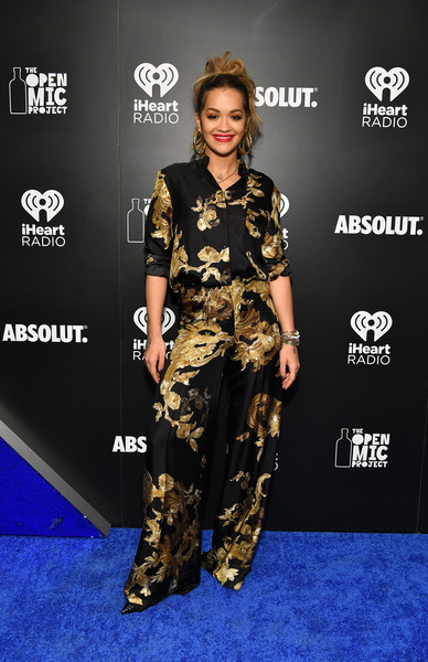 Rita Ora Print Pants [music,clothing,red carpet,carpet,fashion,camouflage,military camouflage,footwear,flooring,design,premiere,rita ora,dia dipasupil,absolut open mic project inspire acceptance through music at exclusive performance,performance,acceptance,caption,iheartradio theater,iheartradio,jingle ball tour]