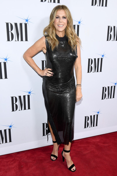 Rita Wilson Form-Fitting Dress [clothing,dress,carpet,shoulder,little black dress,red carpet,joint,cocktail dress,footwear,premiere,arrivals,rita wilson,bmi country awards,nashville,tennessee,bmi]