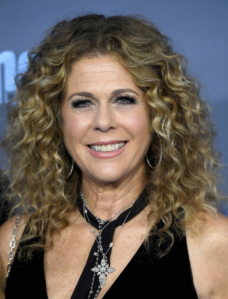 Rita Wilson Medium Curls