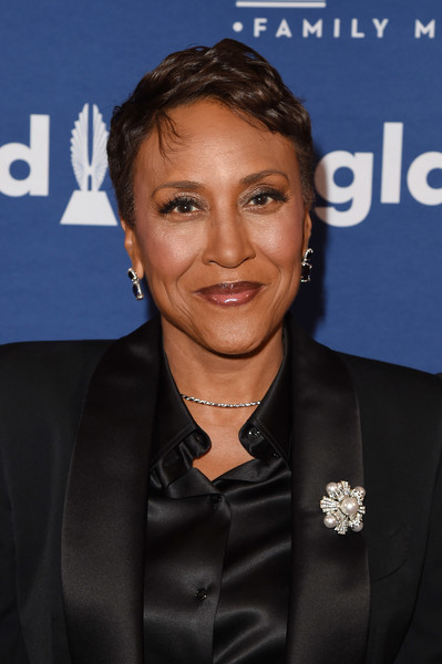 Robin Roberts Messy Cut [red carpet,official,premiere,white-collar worker,smile,robin roberts,glaad media awards,new york city,the hilton midtown]