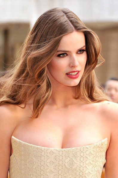Robyn Lawley Hair