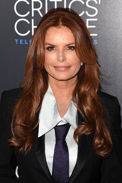 Roma Downey Long Wavy Cut