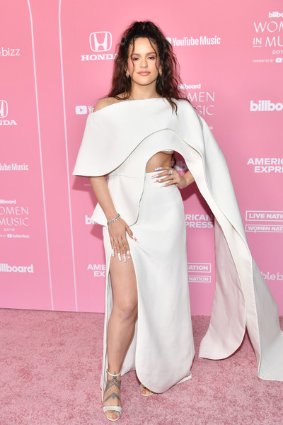 Rosalía Long Skirt [red carpet,clothing,fashion model,shoulder,pink,fashion,red carpet,beauty,carpet,skin,hairstyle,billboard women in music 2019,rosal\u00e3a,youtube,los angeles,california,youtube music]