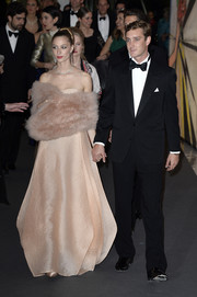 Beatrice Borromeo cut a luxurious figure wearing this blush fur scarf and gown combo at the 2014 Rose Ball.