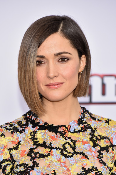 Rose Byrne Graduated Bob [annie world premiere,rose byrne,hair,face,hairstyle,eyebrow,beauty,chin,lip,bob cut,blond,brown hair,ziegfeld theater,new york city]
