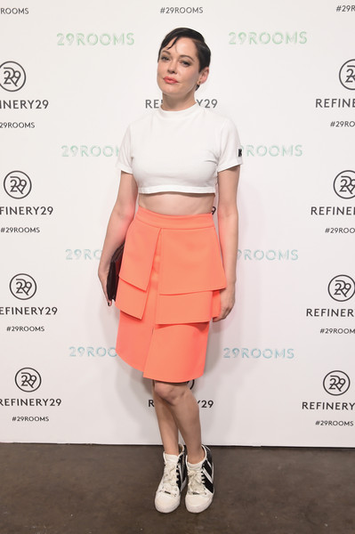 Rose McGowan Crop Top [clothing,crop top,fashion,pencil skirt,shoulder,waist,pink,footwear,dress,joint,rose mcgowan,culture,style,presentation,style,refinery29 presents 29rooms,brooklyn,refinery29,celebration,celebration]