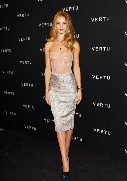 Rosie Huntington-Whiteley Is Hot Hot Hot in a Corset Dress ... Rosie Huntington Whiteley Clothing