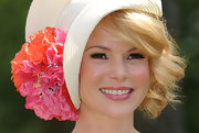 Amanda Holden selected a glossy pink for her lips at the Royal Ascot.