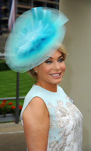 Brix Smith-Start wore a circular blue and teal topper to the Royal Ascot Racecourse.