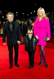 Penny Lancaster looked great in a pink trenchcoat at the 'Hugo' premiere.