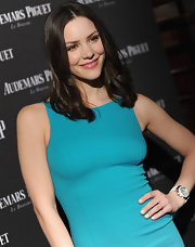 Katharine McPhee attended an event at the Park Avenue Armory in NYC wearing pretty pale aqua nail polish.