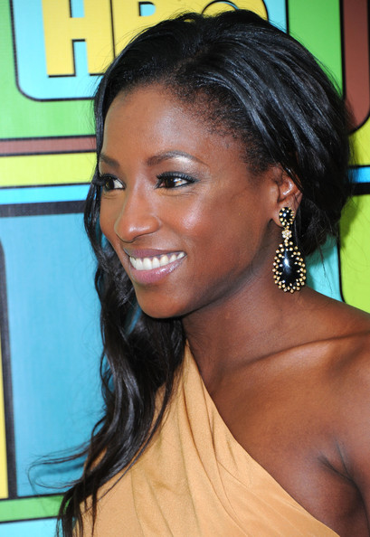 Rutina Wesley Dangle Decorative Earrings