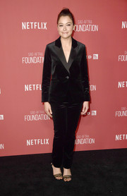 Tatiana Maslany kept it classic in a black velvet pantsuit at the SAG-AFTRA Foundation Patron of the Artists Awards.