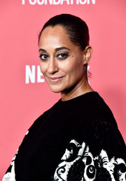 Tracee Ellis Ross rocked a classic Croydon facelift at the SAG-AFTRA Foundation Patron of the Artists Awards.