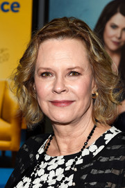 JoBeth Williams sported a curly bob at the SAG Awards Online Holiday Auction.