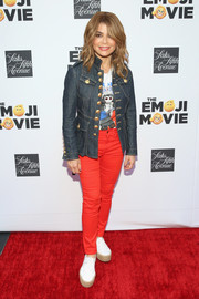 Paula Abdul added a bright pop with a pair of red skinnies.