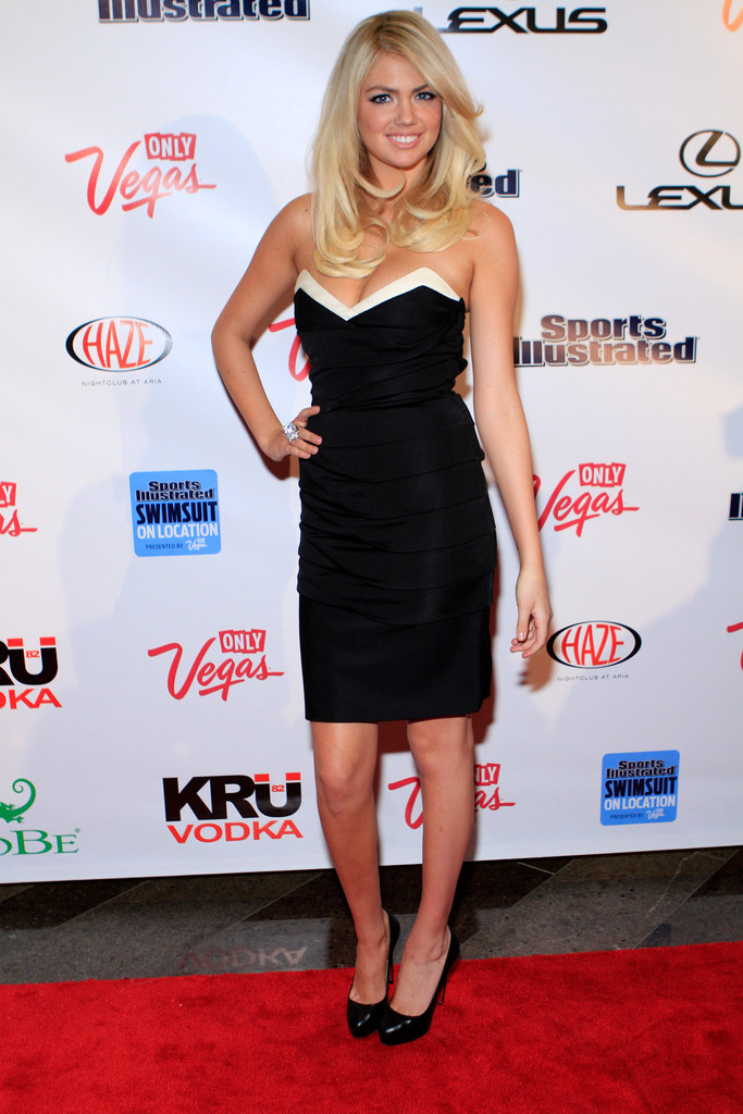 Sports Illustrated Swimsuit Issue cover model Kate Upton arrives at SI Swimsuit On Location hosted by Haze Nightclub at the Aria Resort & Casino at CityCenter on February 15, 2012 in Las Vegas, Nevada.