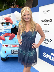 Nancy O'Dell chose a two-tone blue lace frock for her look at the premiere of 'Smurfs 2.'