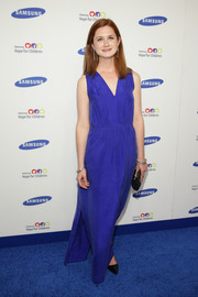 Bonnie Wright donned a simple cobalt maxi dress for the Hope for Children Gala.