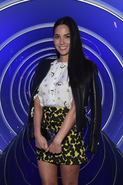 Olivia Munn rocked mixed prints with this A.L.C. mini skirt and blouse combo at the Samsung Galaxy S6 launch.