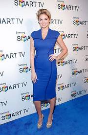 Kate Upton chose a fitted blue dress with navy blue detailing for her appearance at the Samsung Spring 2013 launch event.