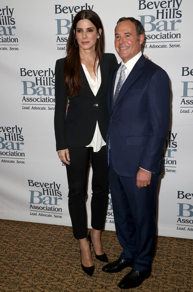 Sandra Bullock Skinny Pants [suit,premiere,fashion,event,carpet,white-collar worker,outerwear,formal wear,tuxedo,pantsuit,arrivals,entertainment lawyer,entertainment lawyer of the year dinner,cliff gilbert-lurie,sandra bullock,dinner,montage beverly hills,california,beverly hills bar association,l]