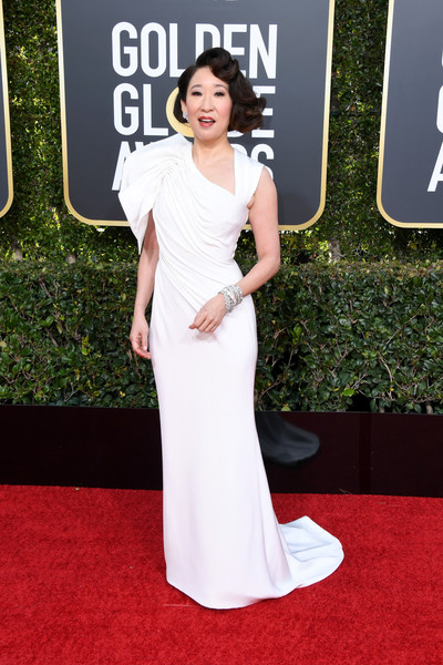 Sandra Oh Evening Dress [red carpet,carpet,dress,clothing,gown,shoulder,flooring,premiere,hairstyle,fashion model,arrivals,sandra oh,the beverly hilton hotel,beverly hills,california,golden globe awards]