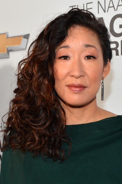 Sandra Oh Side Sweep