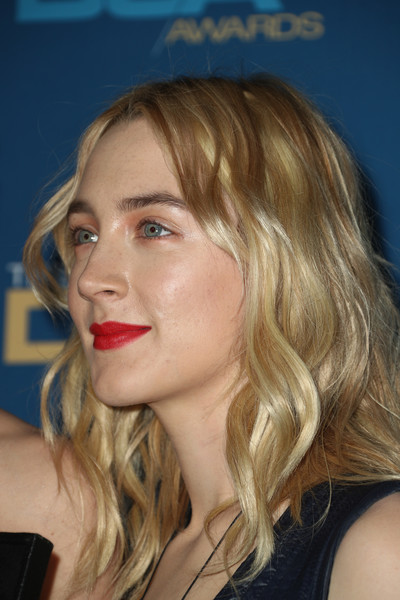 Saoirse Ronan Red Lipstick [saoirse ronan,hair,face,blond,lip,hairstyle,chin,eyebrow,nose,head,beauty,room,press room,beverly hills,california,the beverly hilton hotel,directors guild of america awards]