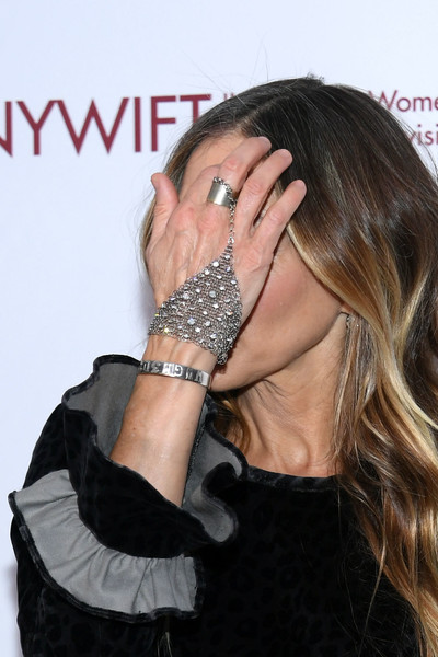 Sarah Jessica Parker Silver Bracelet [beauty,neck,fashion accessory,hand,finger,jewellery,long hair,black hair,gesture,ear,sarah jessica parker,detail,new york city,the new york hilton midtown,muse awards]
