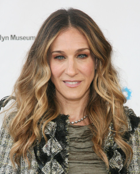 Sarah Jessica Parker Metallic Eyeshadow [hair,face,hairstyle,blond,long hair,eyebrow,brown hair,layered hair,hair coloring,beauty,brooklyn museum,new york city,brooklyn artists ball,sarah jessica parker]