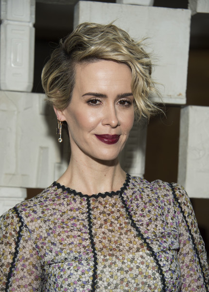 Sarah Paulson Short Wavy Cut [hair,face,hairstyle,lip,blond,eyebrow,beauty,fashion,chin,long hair,arrivals,laurie anderson,todd haynes,sarah paulson,valerie macon,garden,california,bottega veneta,afp,hammer museum gala in the garden]