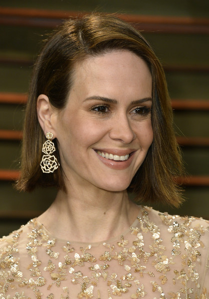 Sarah Paulson Side Parted Straight Cut