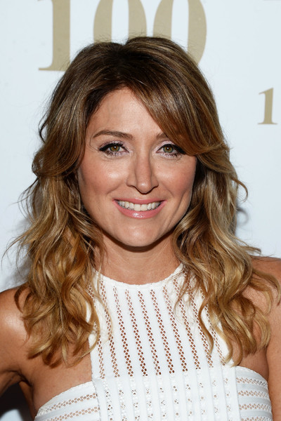 Sasha Alexander Long Wavy Cut with Bangs