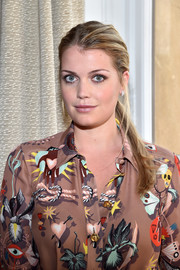 Kitty Spencer pulled her hair back into a ponytail for the Schiaparelli Couture Spring 2017 show.