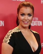 Bellamy Young pulled her tresses back into a classic ponytail for the SAG Foundation 30th anniversary celebration.