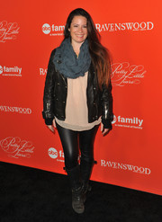 Holly Marie Combs rocked out in black leather skinnies, a moto jacket, and knee-high boots at the 'Pretty Little Liars' screening.