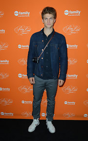 Keegan Allen attended the screening of the 'Pretty Little Liars' Halloween special wearing a denim jacket.
