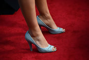 Alia Shawkat chose a pair of denim peep toes for her quirky red carpet look.