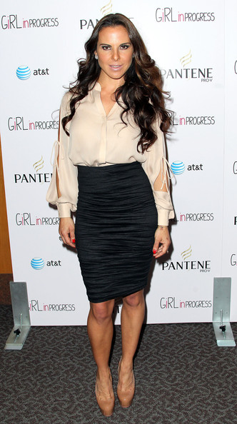 Kate Del Castillo rocked a ruched black pencil skirt for the 'Girl in Progress' premiere.