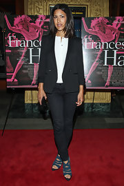 Julia Jones chose a black blazer to dress up her black skinny jeans.