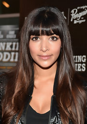 Hannah's sleek brunette tresses looked shiny and stunning at the Hollywood screening of 'Drinking Buddies.'
