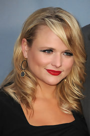 Miranda Lambert's cherry red lips added a retro-glam vibe to her red carpet look.