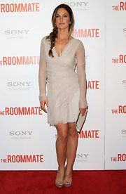 "Minka Kelly attended ""The Roommate"" premiere in nude snakeskin double platform peep toes."