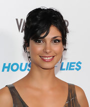 Morean Baccarin wore her shaggy short cut stylishly tousled at the premiere screening of 'House of Lies.'