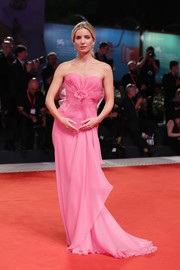 Annabelle Wallis was all about sweet glamour in a strapless pink gown by Armani Prive at the Venice Film Festival screening of 'Seberg.'