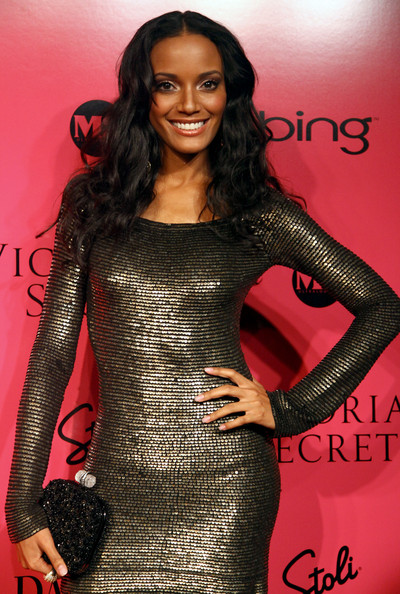 Selita Ebanks Box Clutch