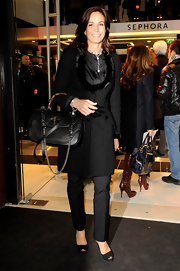 Cristina Parodi's arm candy of choice during the Sephora Opening was a structured black leather handbag.