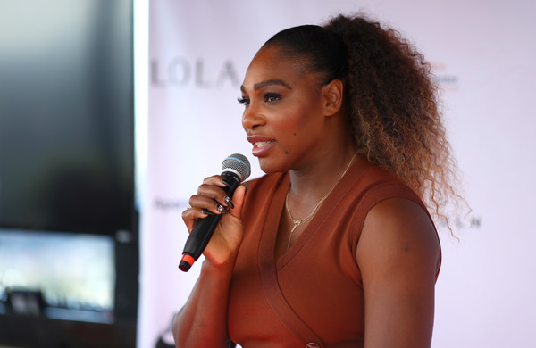 Serena Williams attended the celebration of her Yetunde Price Resource Center's partnership with Apartment List wearing this curly ponytail.